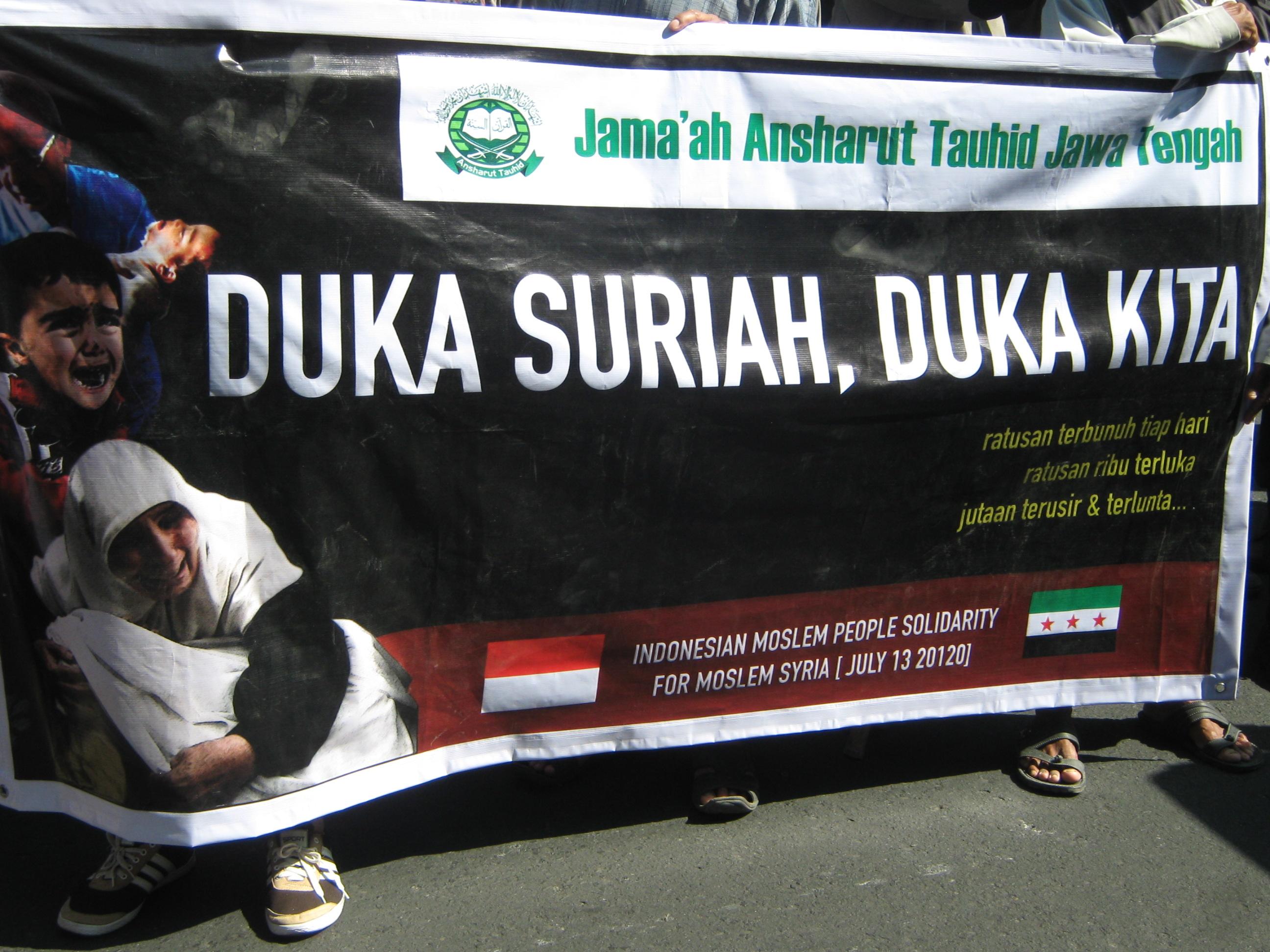 Ribuan Umat Islam Solo Gelar Aksi Kemanusiaan untuk Muslim Suriah - Salam Online