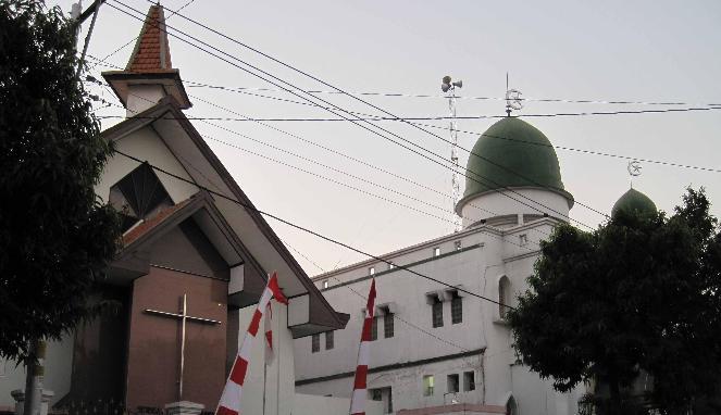 Kemenag Pertumbuhan Masjid 64 Gereja 165 Salam Online